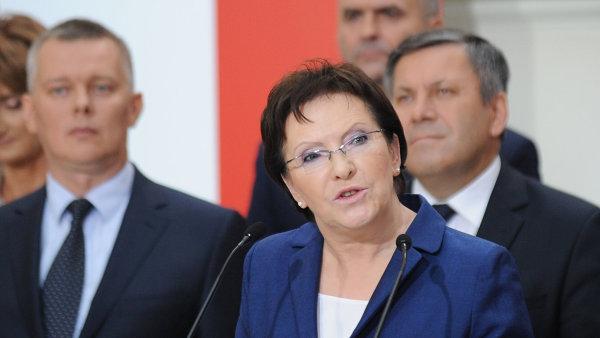 Polská premiérka Ewa Kopaczová představuje svůj nový kabinet.