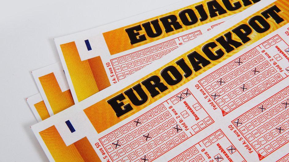 Vládní novela zakazuje šíření reklamy na nepovolenou loterii - Ilustrační foto.