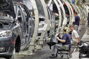 Český průmysl táhla především automobilová výroba - Ilustrační foto.