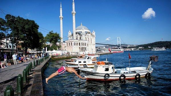 Průměrná cena prodaného zájezdu na léto je 13 532 korun na osobu - Ilustrační foto.