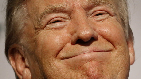 Republikánský favorit Donald Trump věří, že jeho popularitou nemůže nic otřást - Ilustrační foto.