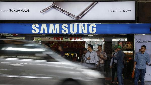 Samsung nebude muset Applu platit pokutu. Tuto bitvu v patentov� v�lce vyhr�l - Ilustra�n� foto.