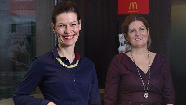 Ředitelka PR a komunikace společnosti McDonald's ČR Zuzana Svobodová (vlevo) a marketingová ředitelka společnosti McDonald's ČR a SR Ivana Šedivá (vpravo). Praha