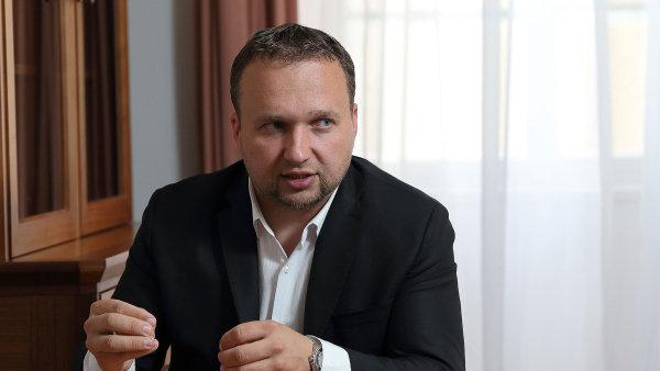 Marian Jurečka vzniklé koalici věří.