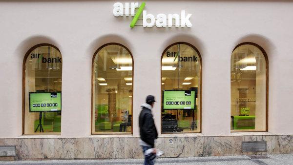 Jako svou novou hlavní banku lidé nejčastěji jmenovali Air Bank.