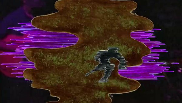Snímek z klipu Kinga Kruleho.
