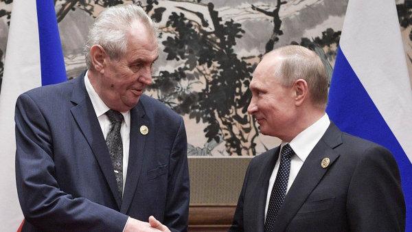 Opět spolu. Prezident Miloš Zeman se v Soči sešel s Vladimirem Putinem. Naposledy se setkali v květnu v Číně (na snímku).