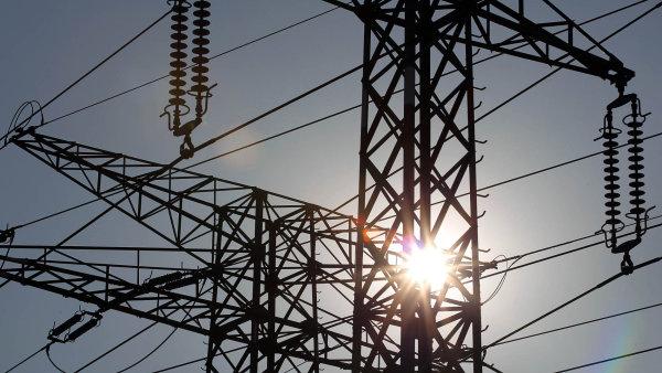 Kvůli teplé zimě klesla v Česku spotřeba elektřiny. Výroba rostla, hlavně díky větrným elektrárnám
