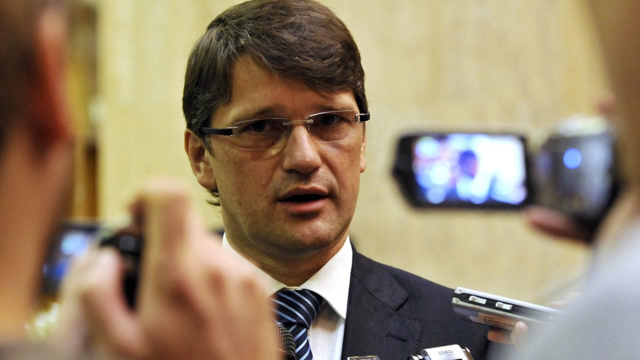 Slovenský ministr kultury Marek Maďarič po vraždě novináře ohlásil demisi.