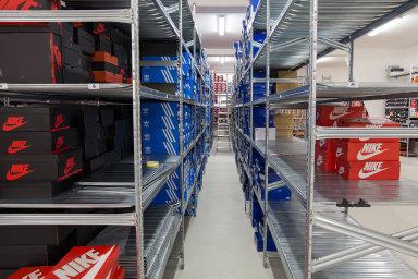 Obchod Queens expanduje a zrychluje odbavení zásilek