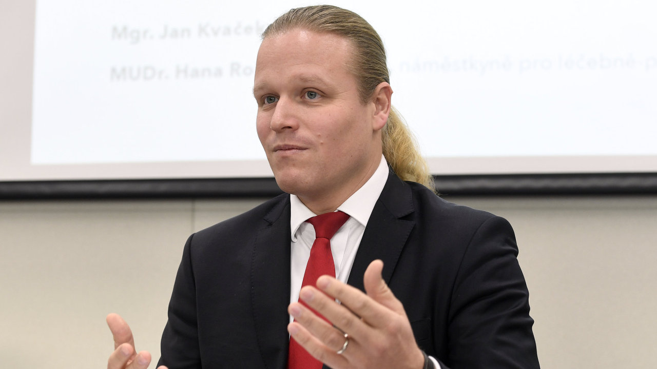 Ředitel Nemocnice Na Bulovce Jan Kvaček se sešel 5. prosince 2018 v Praze s novináři ke 100 dnům ve funkci a ke strategickým krokům rozvoje nemocnice.