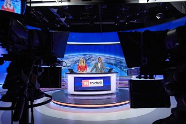 CME vlastní televizi Nova.