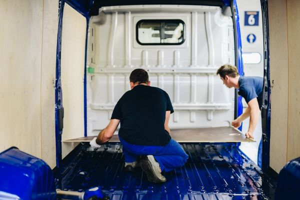 Logistická firma Gefco se zaměřuje na postprodukční úpravy vozidel.
