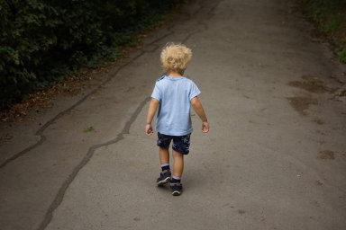 Zpravodaj navrhované novely Dominik Feri (TOP 09) upozornil, že pokud se děti nebudou moci zadlužit, může z nich vyrůst nezodpovědná generace - Ilustrační foto.
