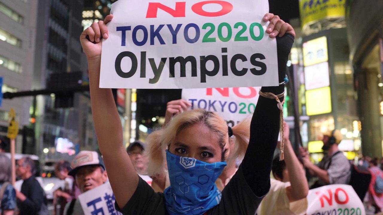 Nechtějí drahé hry: Japonci dávají nelibost veřejně najevo jen zřídka. Kprotestům je přiměla nákladná olympiáda.