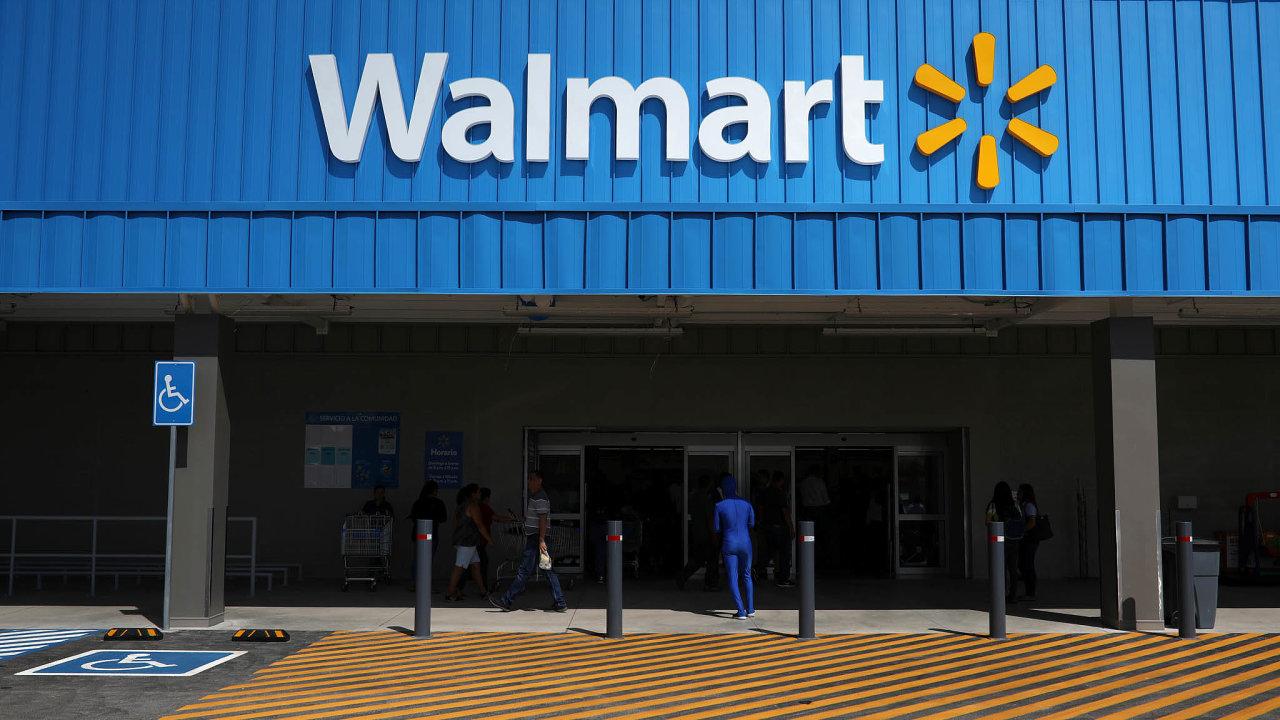 Největším světovým koncernem podle obratu je společnost Walmart.