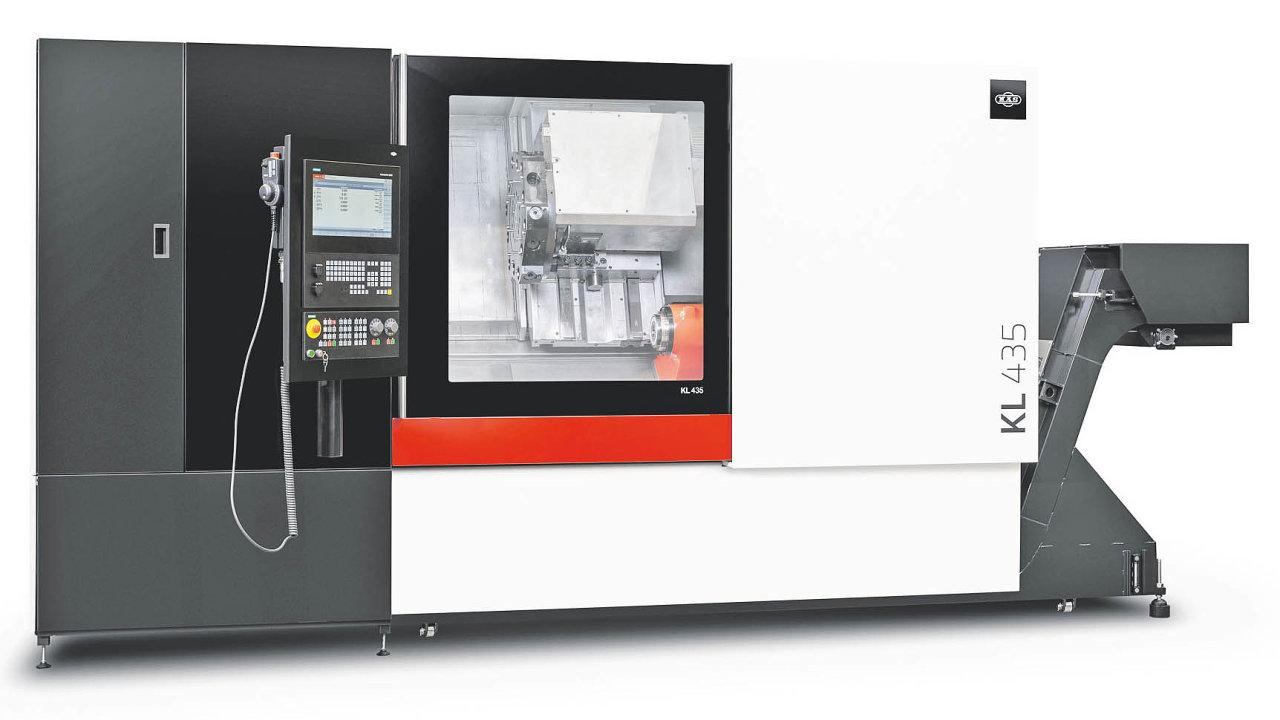 Obsluze inovovaný stroj poskytuje podstatně příjemnější způsob seřizování polohy upnutí součásti.