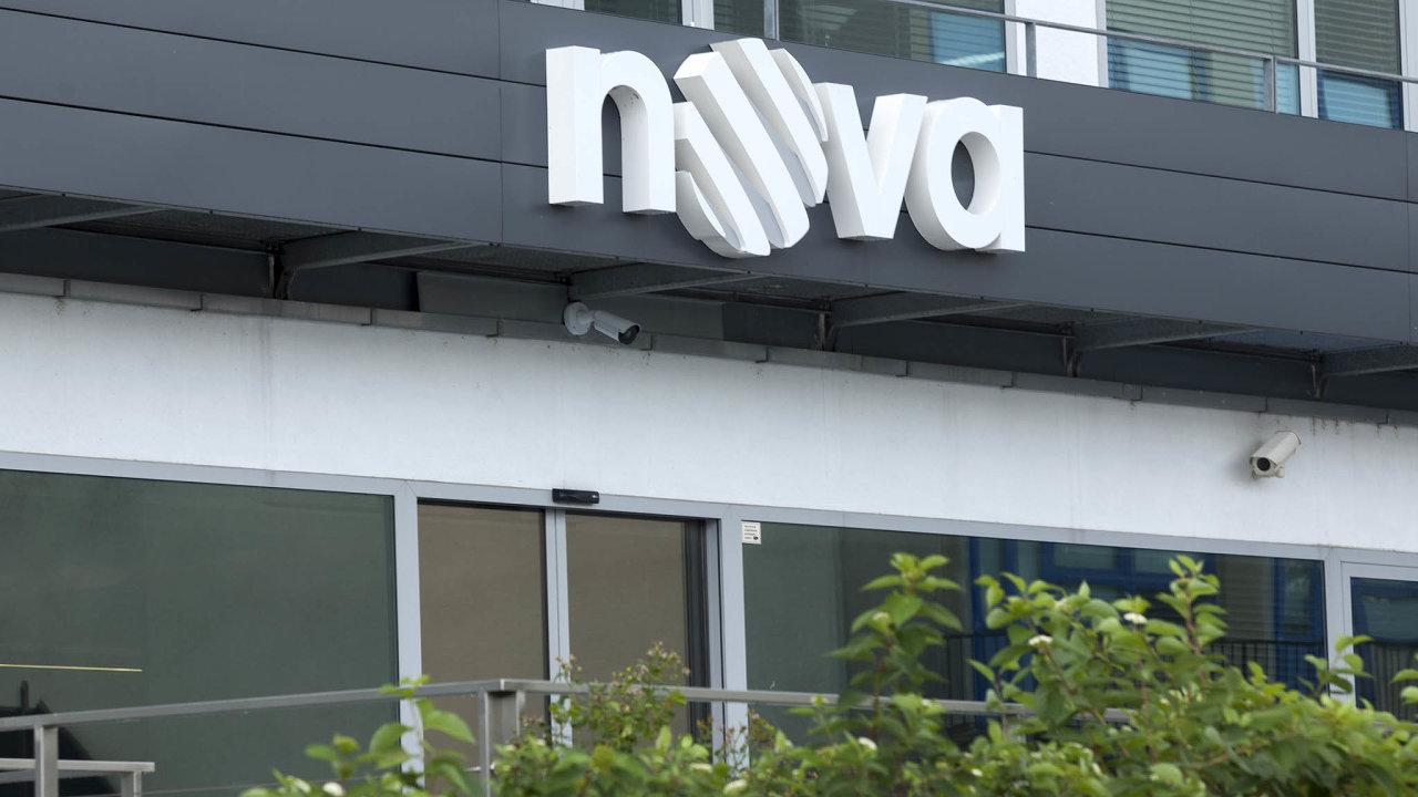 Majitel finanční skupiny PPF Petr Kellner sepo15 letech opět stane majitelem nejsledovanější tuzemské televize Nova. Obchod, oněmž sejiždelší dobu spekulovalo, nyní PPF oficiálně potvrdila.
