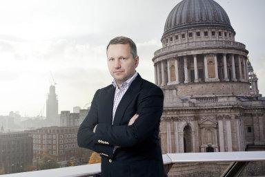 Majitel mladé fronty František Savov, který je v ČR obviněn v kauze rozsáhlých daňových podvodů, žije v Londýně.