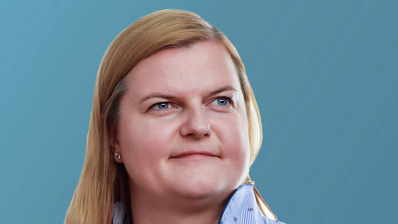 """Petra Myšáková posílila řady poradců vadvokátní kanceláři Allen & Overy. Loni získala titul """"vycházející hvězdy"""" v rámci ocenění Euromoney Legal Media Group Europe."""