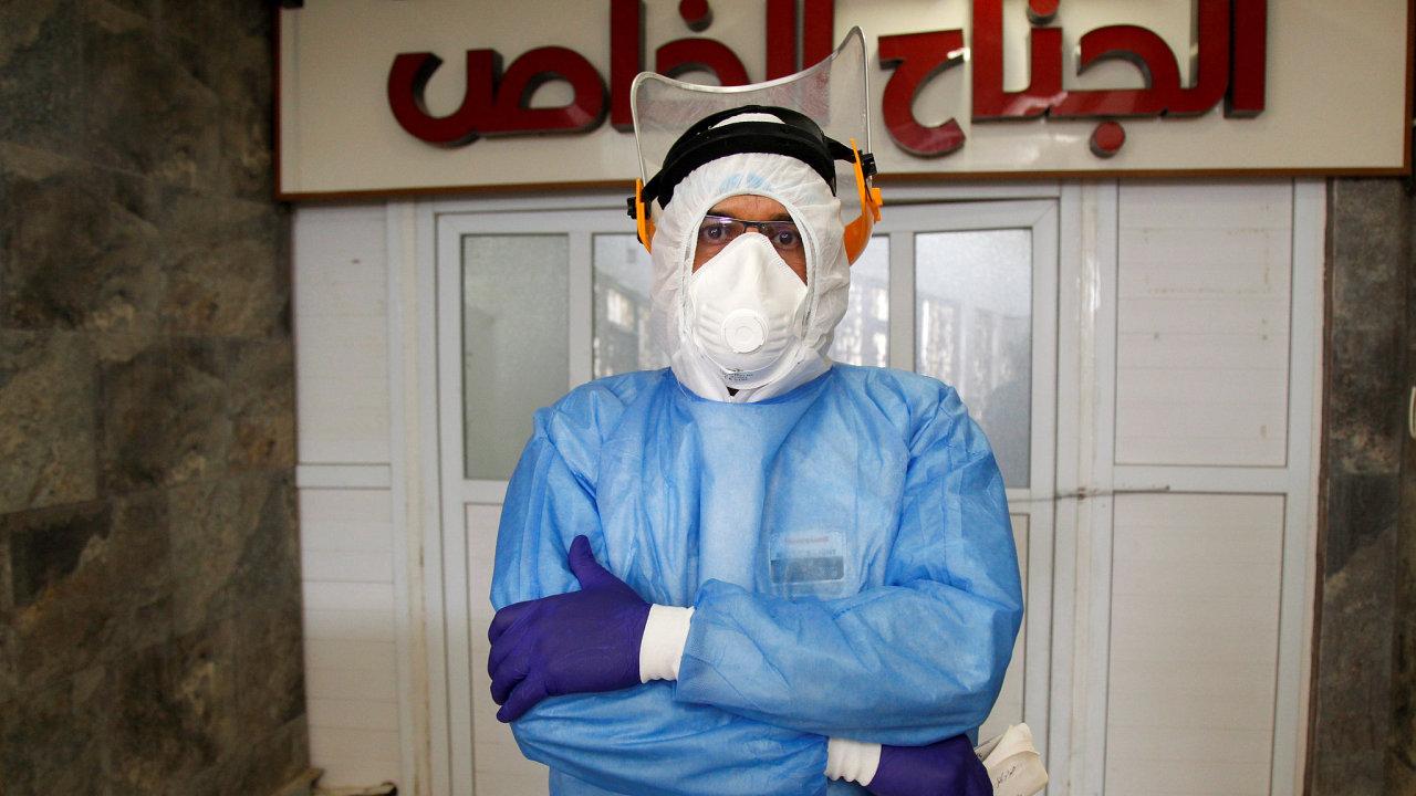 V Evropě už se zdá, že jsme pandemii zvládli, ale aktuální bojiště vsoučasné době představují země třetího světa. Přes Irák se valí už druhá vlna. Ilustrační foto.