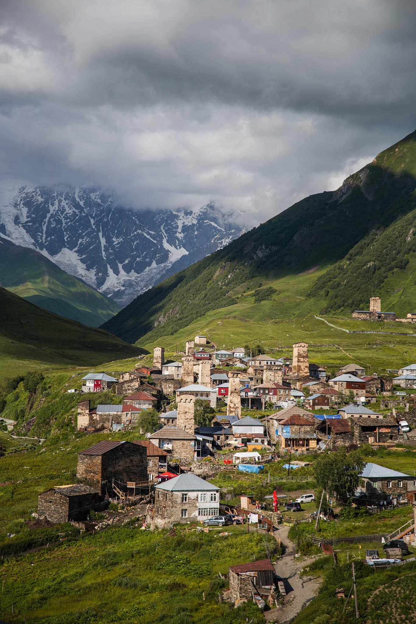 Ušguli, nejvýše položená evropská vesnice vGruzii