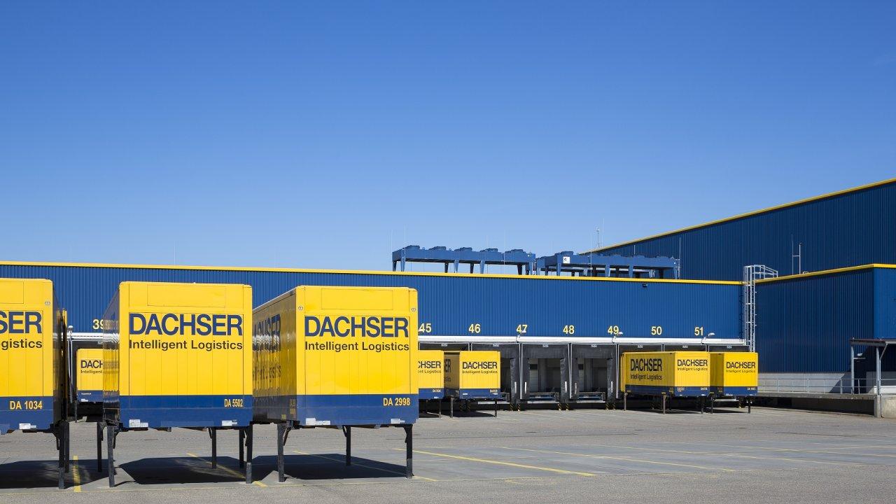 V roce 1972 měl Dachser ve své flotile pouhých 350 výměnných nástaveb, v roce 2020 už jich společnost používala okolo osmi tisíc.