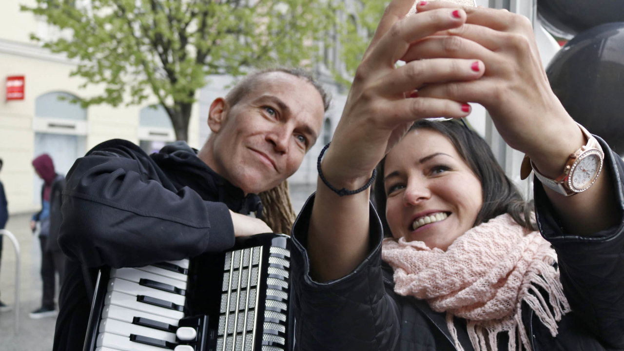 selfie Ivan Bartoš