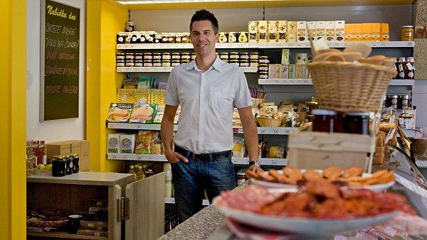 Jiří Málek provozuje se společníkem firmu, která prodává potraviny od českých farmářů.