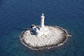 Pronajměte si ostrov, běhejte, meditujte, pijte víno. Jak restartovat tělo i duši