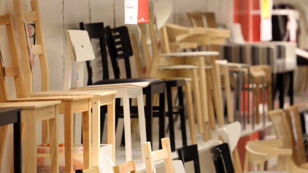 Ikea chce odebírat jen dřevo, které se těží ekologičtějším způsobem.