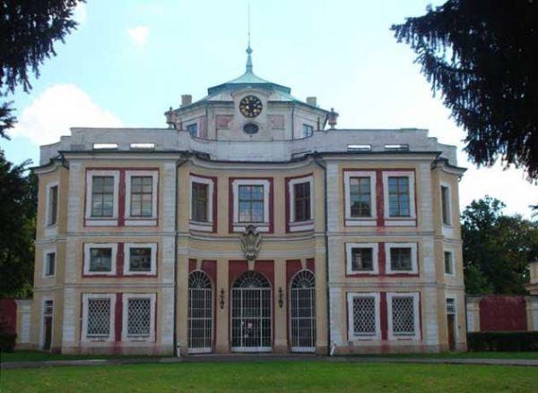 zámek Vinoř