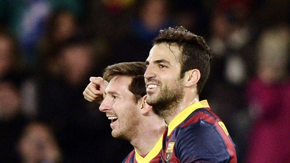 Cesc Fábregas (vpravo) a Lionel Messi