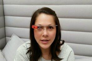 HNTech News: Chůvička za dva miliony, další pohled na Google Glass a 500 tisíc HTC One M8