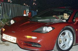 Mr. Bean prodává svůj vzácný supersport za 296 milionů korun