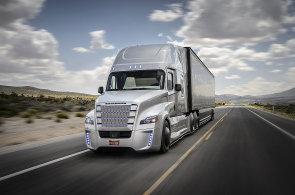 V USA jezdí první kamion s autopilotem. Řidič může za jízdy odpočívat