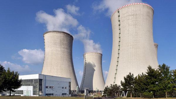 Analytici očekávají výrazný pokles zisku ČEZ. Příčinou jsou i odstávky v jaderných elektrárnách.
