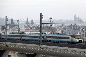 České dráhy umožňují virtuální projížďku vlakem. Devět tratí si z kabiny strojvůdce projely statisíce lidí