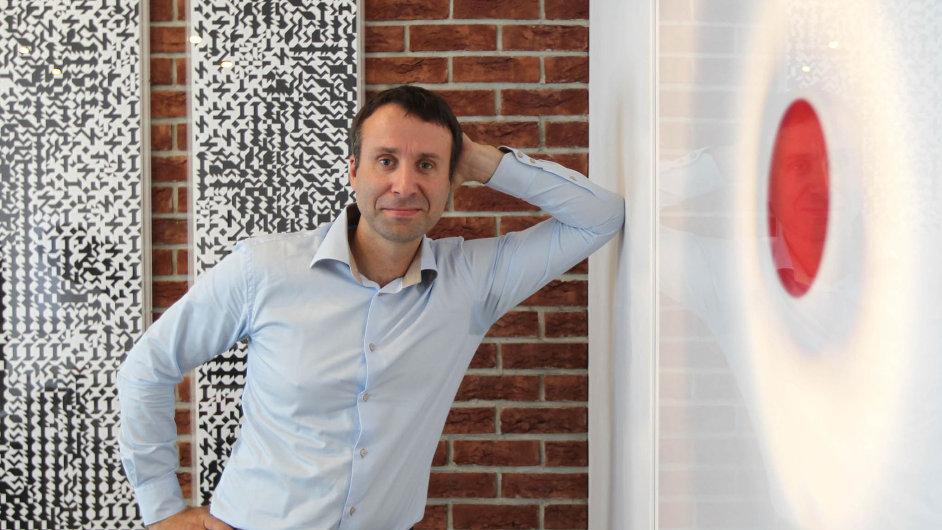 Jiří Grund mladší se dočela rodinné firmy postavil před šesti lety. Firmu převzal posvém otci, mimo jiné dlouholetém předsedovi Asociace exportérů.