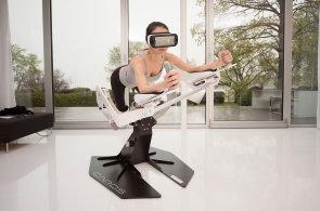 Virtuální realita míří do fitness center, místo činek nabízí potápění nebo let na koni