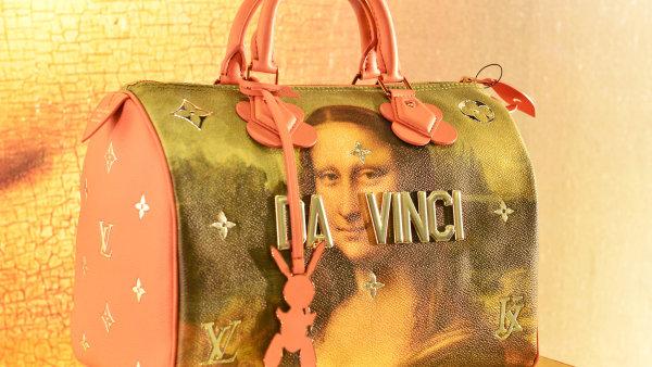 Akcie společnosti LVMH Moët Hennessy Louis Vuitton na burze letos rostou.