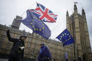 Z návrhu dohody o brexitu zmizí klauzule o trestech za porušení pravidel. Vyjednávači Britům slíbili, že budou mírnější