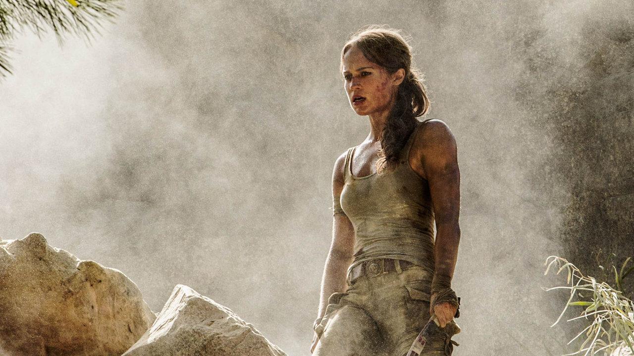 Hrdinka videohry Lara Croft potřetí na filmovém plátně. Tentokrát ji ztvárnila Alicia Vikanderová.
