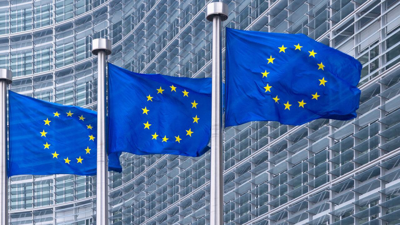 Míra nezaměstnanosti je v EU nejnižší od roku 2009, v eurozóně od roku 2011.