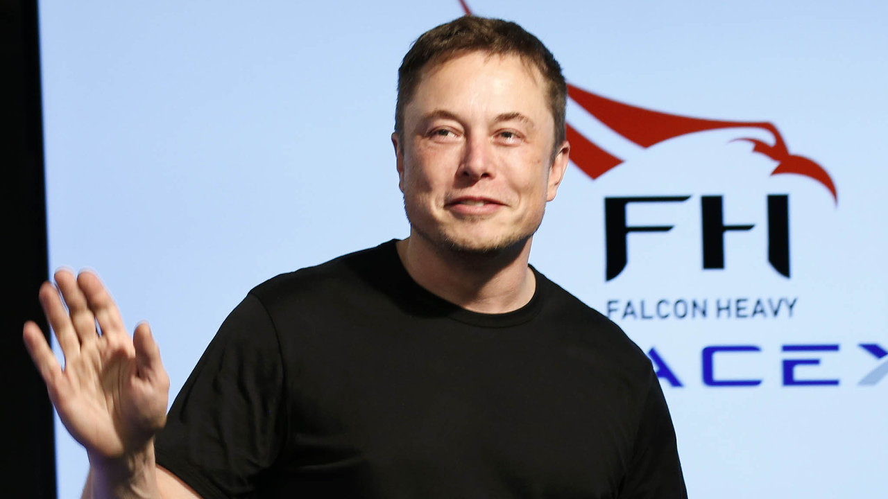 Elon Musk konstatoval, že vývoj robotiky dříve nebo později dosáhne bodu, kdy jediným řešením udržitelné životní úrovně bude zaručený příjem pro každého obyvatele.