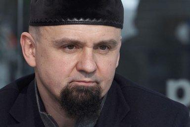 Mám zbraně uložené na policii, jednám s ní o spolupráci, říká šéf pražských muslimů