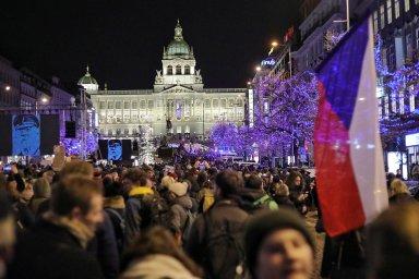 Přímý přenos: V Praze se znovu demonstruje za odstoupení Andreje Babiše. Milion chvilek chystá pochod městem.