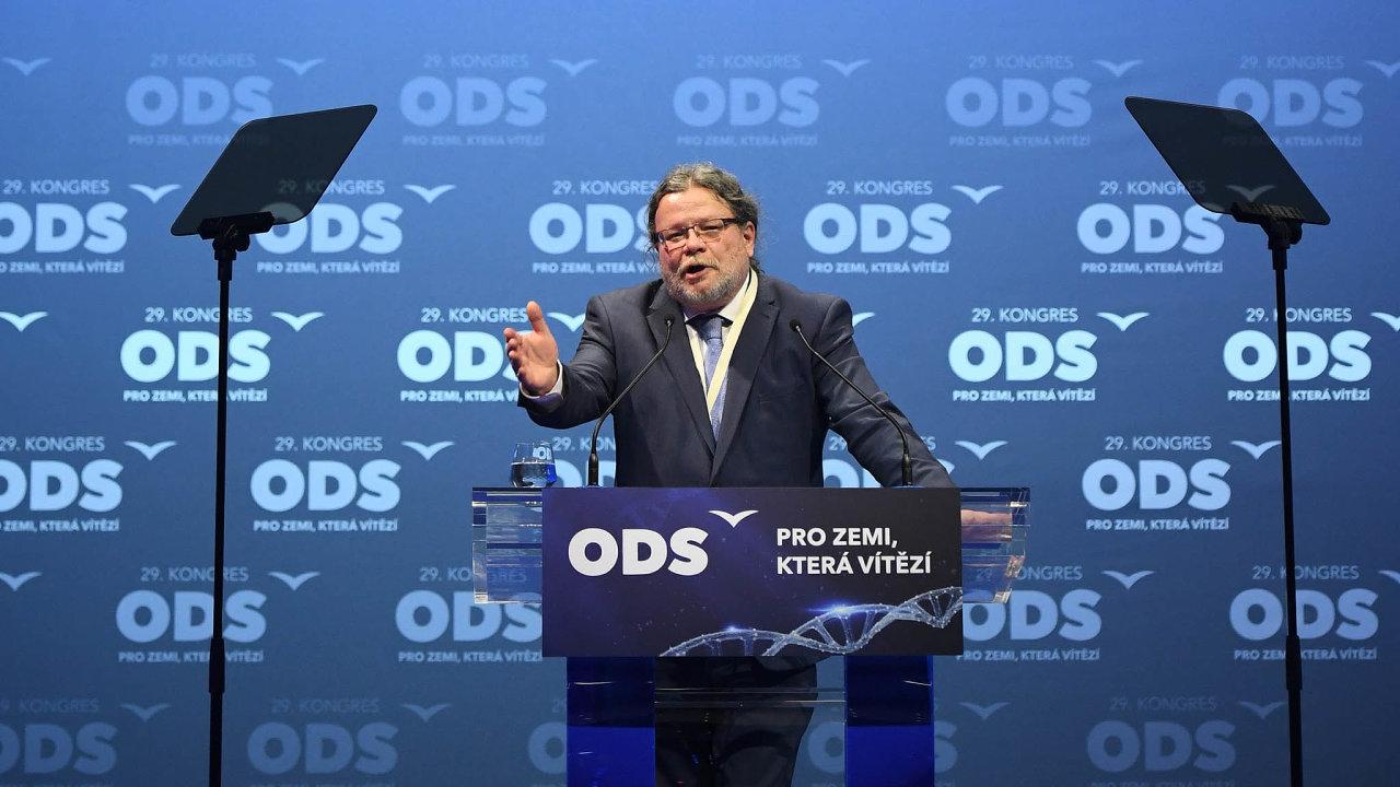 Do vedení ODS se po osmi letech vrací několikanásobný ministr Alexandr Vondra.