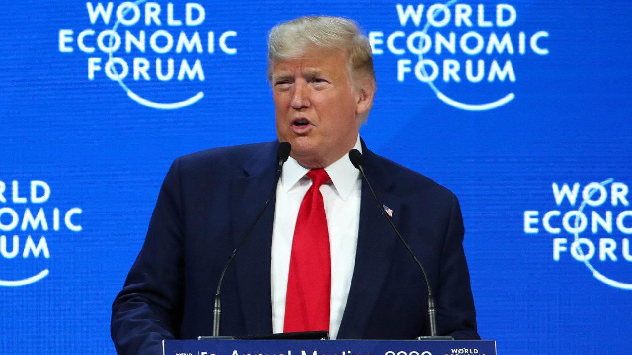 Jsme uprostřed ekonomického rozkvětu, jaký Spojené státy ještě nezažily, prohlásil americký prezident Donald Trump na úvod letošního zasedání Světového ekonomického fóra v Davosu.