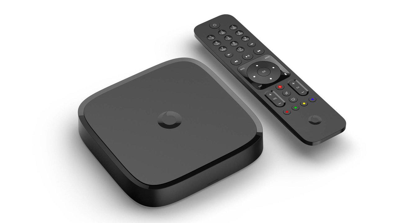 Set-top-box vceně. Krabička propříjem televize ipouštění filmů zNetflixu nebo videí zYouTube je součástí měsíčního předplatného.